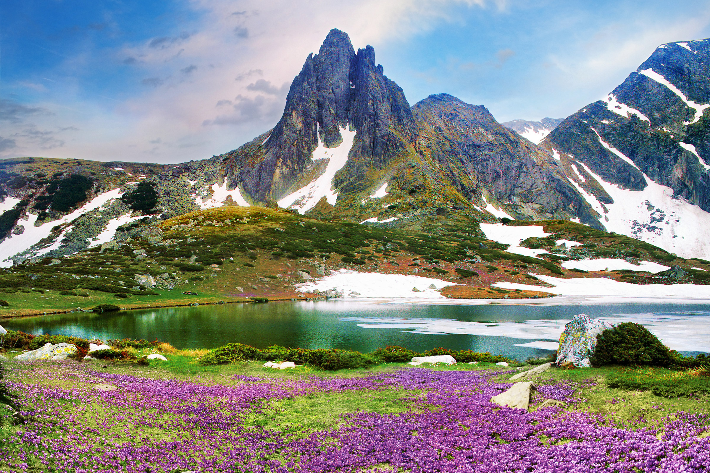 Bulgaria Rila Mountains Bliznaka Lake