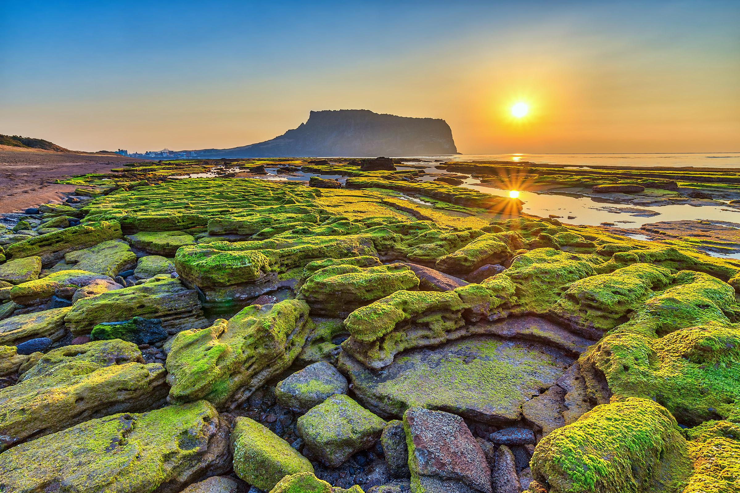 AWESOME 2016 Lindblad National Geographic Explorer